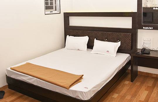 Standard Non AC Rooms in shegaon